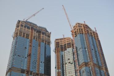 Almost a Half of Top-100 Construction Contractors Undergo Restructuring