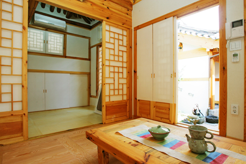 Cost-efficient and Modern Hanok, Korean Traditional House
