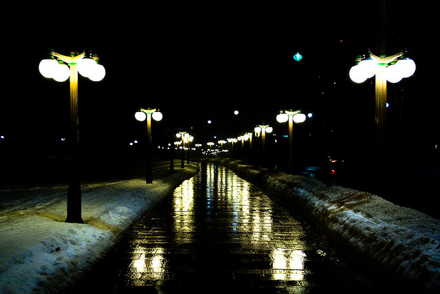 Korean local governments have increasingly applied for patents for their own unique streetlamp designs. (image credit: igoussev @ flickr)