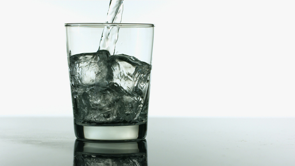 Seoul City government hired 32 sommeliers who will be responsible for supervising the taste and smell of the water in 720 locations within the city. (image credit: www.stockphotosforfree.com)
