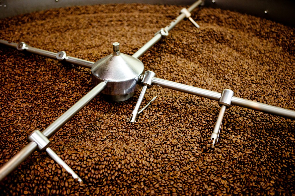 The first generation of coffee wave, instant coffee, still occupies 72 percent, while the coffee bean market is just 10 percent. Koreans drink coffee quite as often as meals, according to the local coffee industry. (image: kris krüg)
