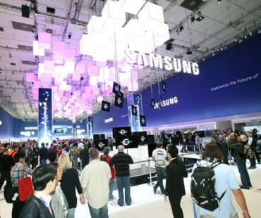 Samsung Unveils a New World of Possibilities at IFA 2013
