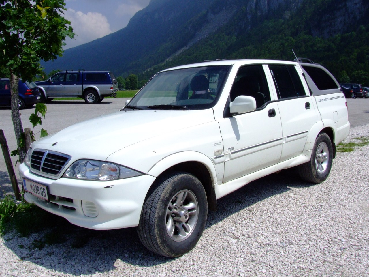 """The SsangYong Musso is a mid-size sport utility vehicle (SUV) manufactured by the South Korean automaker SsangYong Motor from 1993 to 2005. """"Musso"""" means rhinoceros in Korean. (image: Wikipedia)"""