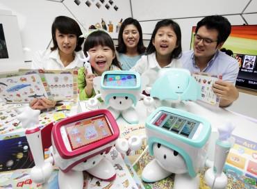 """SK Telecom's Smart Robot """"Atti"""" to Go Global"""