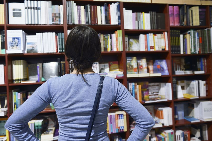 Korean adults read 9.2 books a year, less than a book a month. (image: kobizmedia)