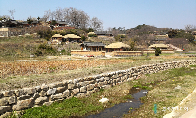 Yangdong Folk Village (image credit: Kobiz Media)