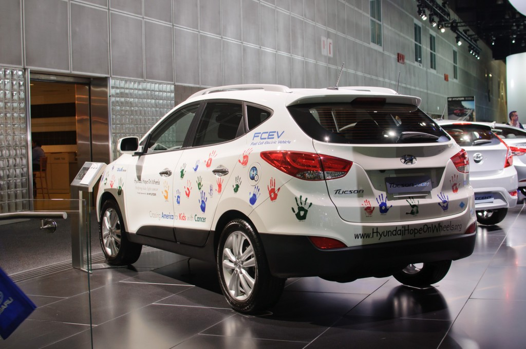 Hyundai Hope On Wheels will announce its 2014 Grants Program (image: Hyundai Tucson Fuel Cell Electric by Wikimedia Commons)