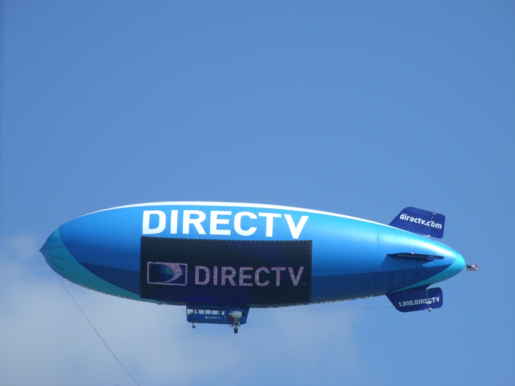 The new DIRECTV Blimp features the world's only 2,100-square-foot LED Lightsign screen. (Photo: DIRECTV/Business Wire)