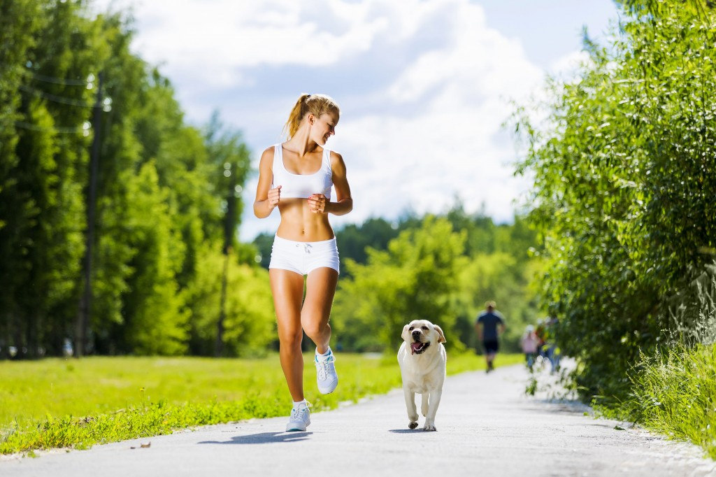 """Yep, jogging with your adorable dog in a park is another way of """"fun running."""" (image credit: Kobizmedia/Korea Bizwire)"""