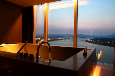 Budget Hotels Are Scarce in the Midst of Luxury Hotel Glut in Seoul