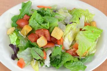"Koreans Put More ""Dressing"" on Salads"