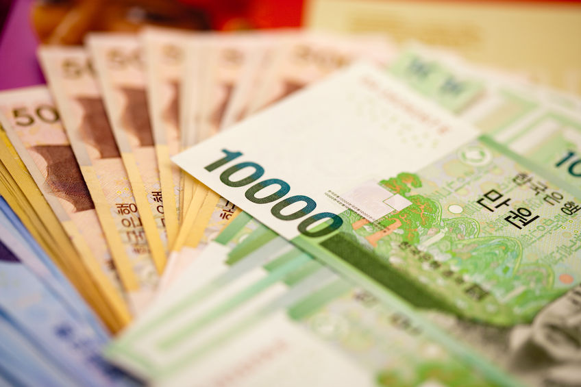 As the Korean won has continued to rise, there emerged a possibility that the authorities will intervene to limit the currency's appreciation. (image: Kobizmedia)
