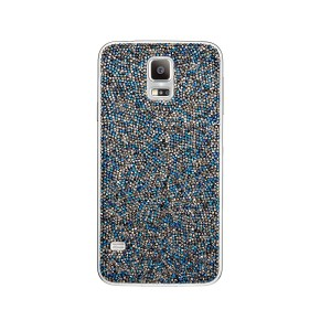 The collection marks the first time in more than 100 years that Swarovski has participated in a collaboration of this scale, where it fully integrates its branding into the collection. (image: Samsung Elecs)