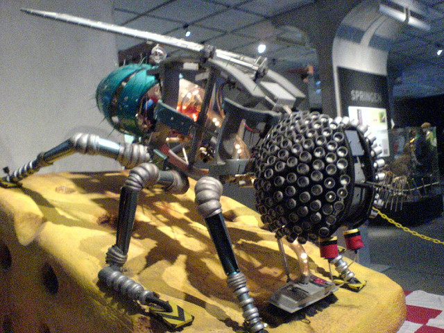 Science Centre Singapore Showcases How Nature Works with Gigantic Robot Animals and Insects