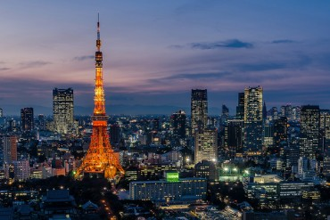 Asian Investors Rush into Japanese Real Estate Market