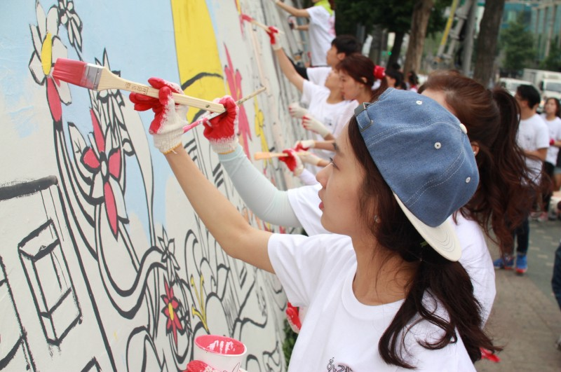 Hyundai Motor Makes Seoul City Beautiful Jointly with College Students