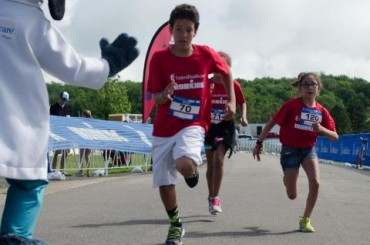 "More Than 150 Kids Test Their ""IRONMAN"" Skills at UnitedHealthcare IRONKIDS Kansas Fun Run"