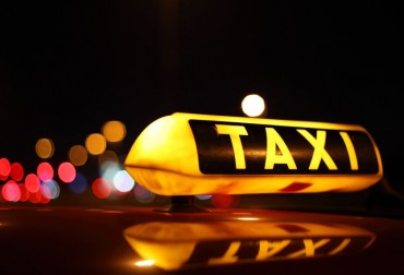 "[Feature] Illegal Taxi vs. Creative Economy: ""Uber"" Controversy Rages on"