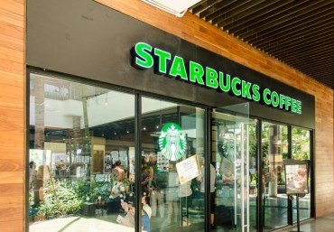 "Starbucks Finds from 1 pm to 5 pm Koreans' Best ""Coffee Time"""
