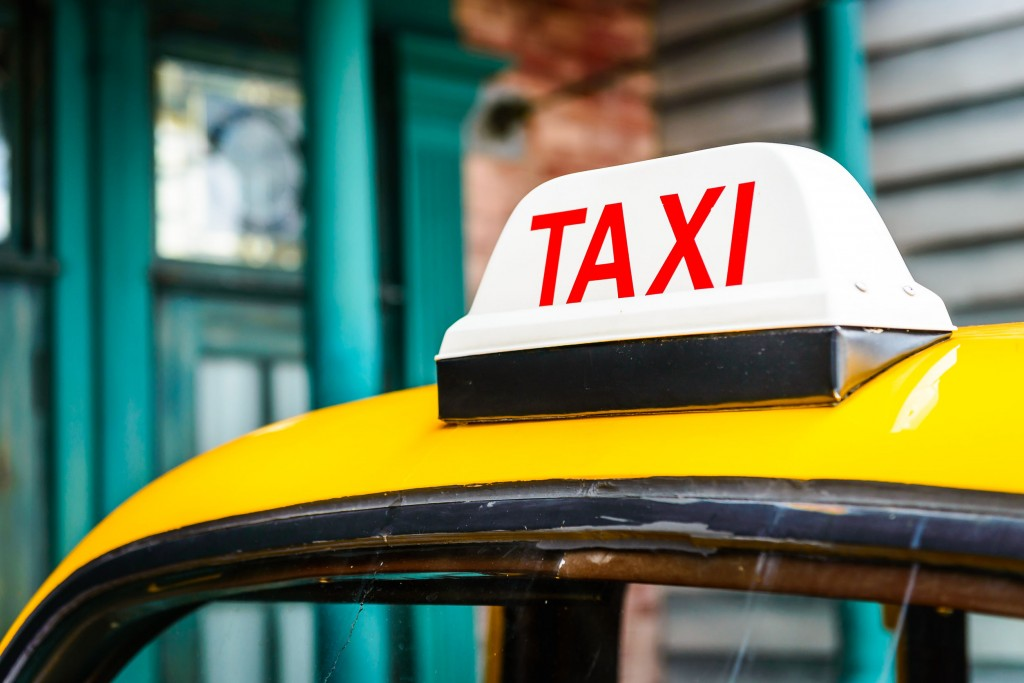 Uber, smarphone app-based taxi service has faced tough restrictions by South Korean regulators. (image: Kobizmedia/ Korea Bizwire)