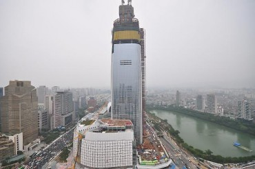 "Seoul City Gov't Gives Provisional Approval to ""Pre-open"" 2nd Lotte World Building"
