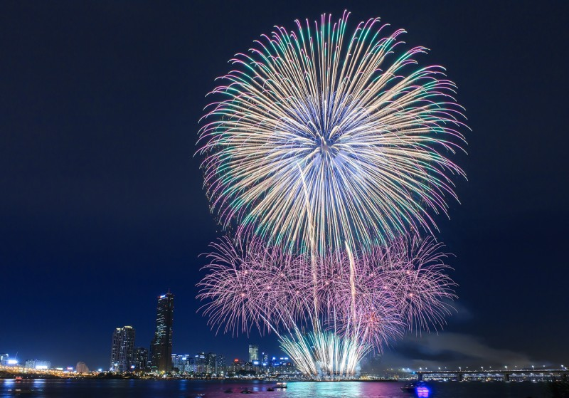 International Fireworks Festival 2014 to Be Held on Oct. 4