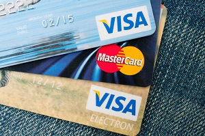 Credit cards with Visa or MasterCard logos are now allowed to be used on the website. (image: Kobizmedia/Korea Bizwire)