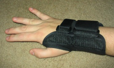 Feel Wrist Pain? Suspect Carpal tunnel syndrome (CTS)