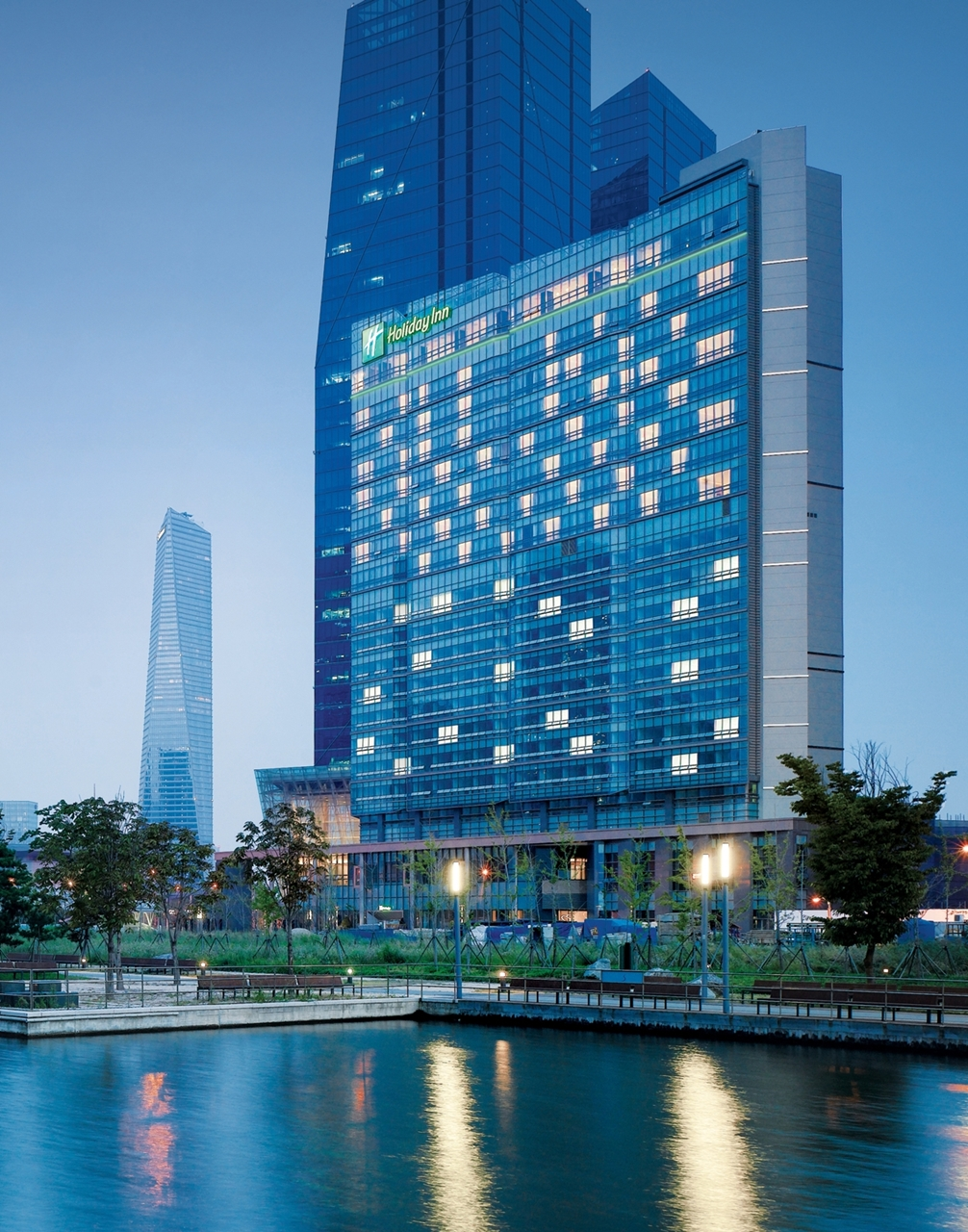 Holiday in Songdo