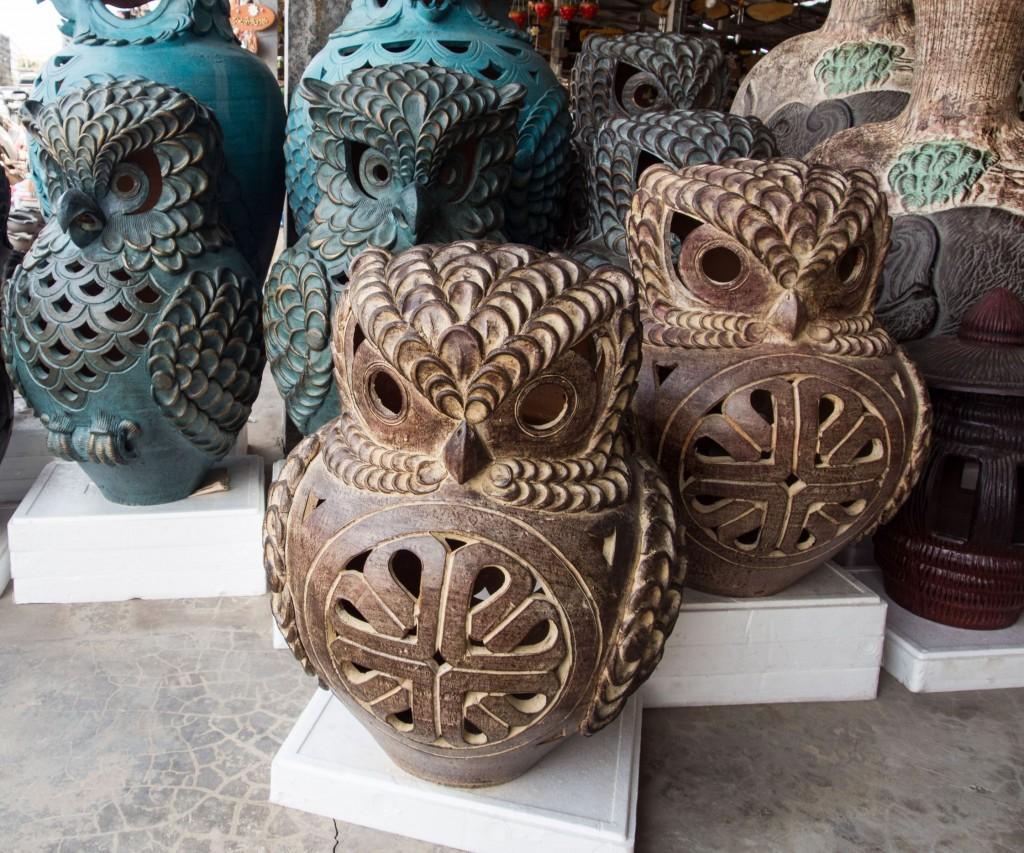 Indeed over the past 18 years the art market has seen exponential financialization. (image: Owl lamp made of clay by Kobizmedia/ Korea Bizwire)