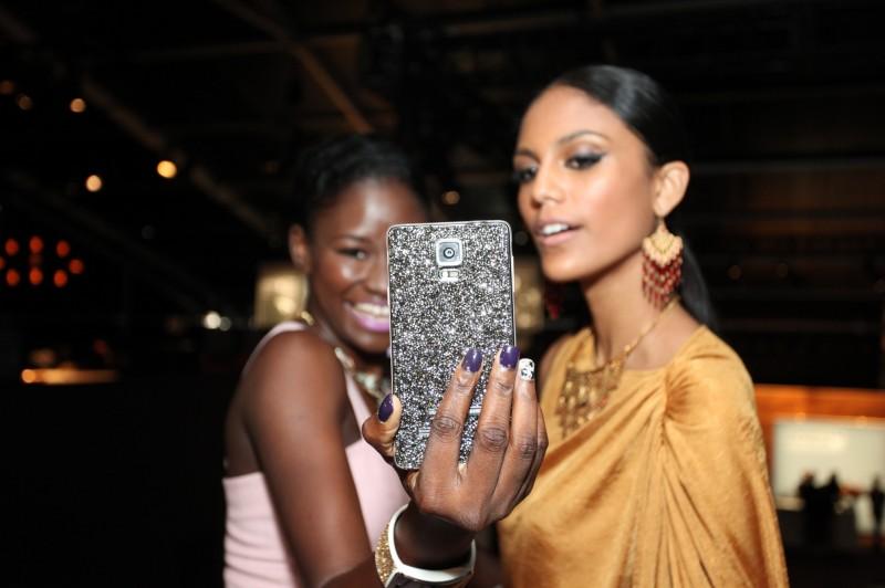 Samsung Enthralls Fashionistas at New York Fashion Week