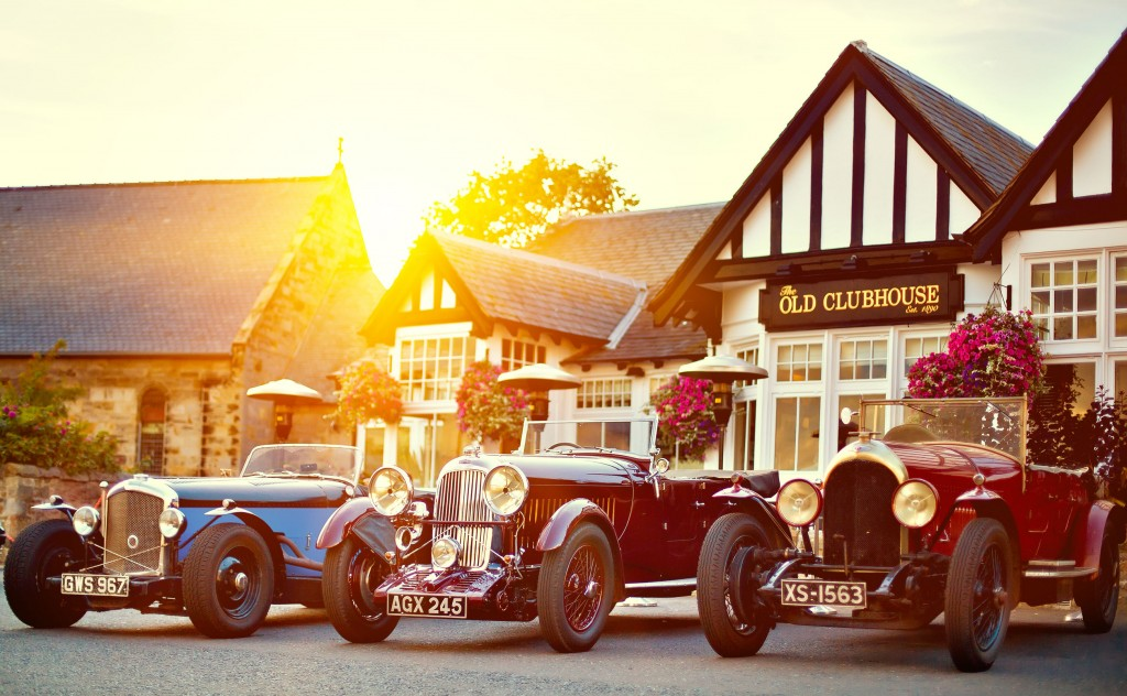 Korean car market is in threshold moment, as the number of imported passenger cars has recorded over 1,006,328 units, as of August. (photo description: Bentley Speed Six and Lagonda 16/80 S-Type Special Six parked at Gullane Old Clubhouse established 1890. image credit: Kobizmedia/Korea Bizwire)