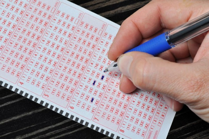 Single-person Household Pays Much for Purchasing Lottery than Others