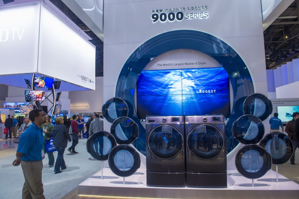 (Photo: The Samsung booth at the CES show held in Las Vegas on January 10 2014. Image credit: Kobizmedia/Korea Bizwire)