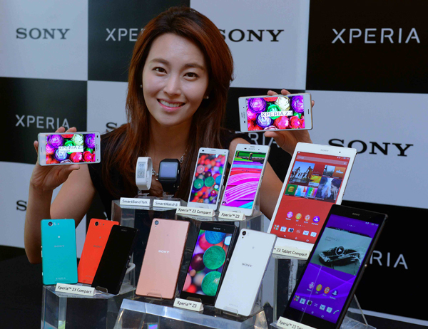 International phone brands such as Apple, Sony, and Huawei are getting ready to put up a big fight against the incumbents like Samsung and LG. (image: Sony Korea)