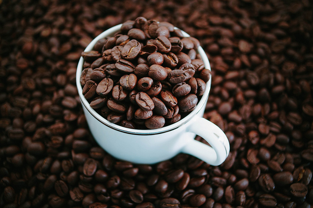 Jeffrey Sachs to Open 1st World Coffee Producers Forum in Colombia