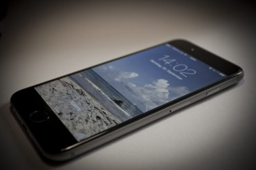 """iPhone Effect"" Revitalizes Mobile Handset Market"