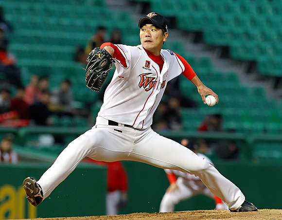 SK, Decides to Push Ahead with MLB Posting of Kwang-hyun Kim