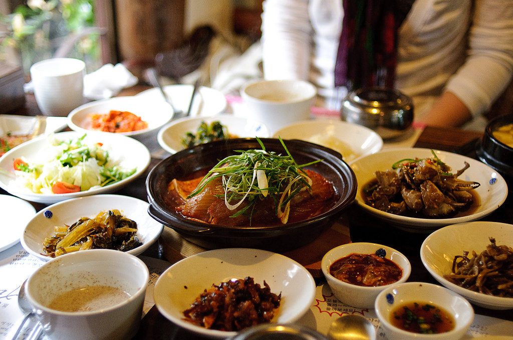 Most Korean restaurants, accounting for about a half of all restaurants in operation, are suffering from low sales revenue and poor profitability. (image: Min Lee /flickr)