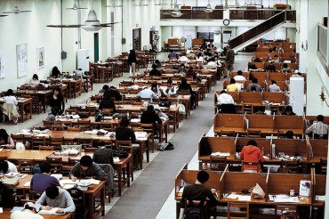 Korea's Job Market Turns Face away from Humanities Graduates