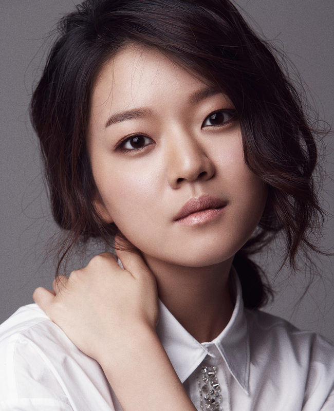 """Snowpiercer"" Heroine Ko A-sung Signs with Hollywood Talent Agency"