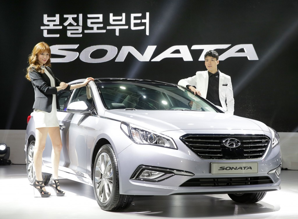 Hyundai, which proclaimed it will not turn the new Sonata model into a taxi version, has changed the position in about four month of the launch. (image: Hyundai Motors)