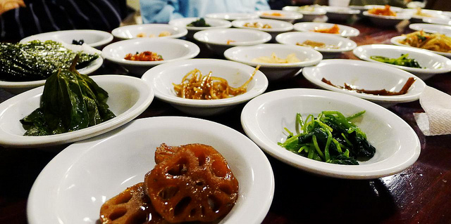 The average monthly sales revenue of all Korean restaurants across the nation was 7.94 million won, with monthly profit reaching only 2.25 million won. (image: ohocheese/flickr)