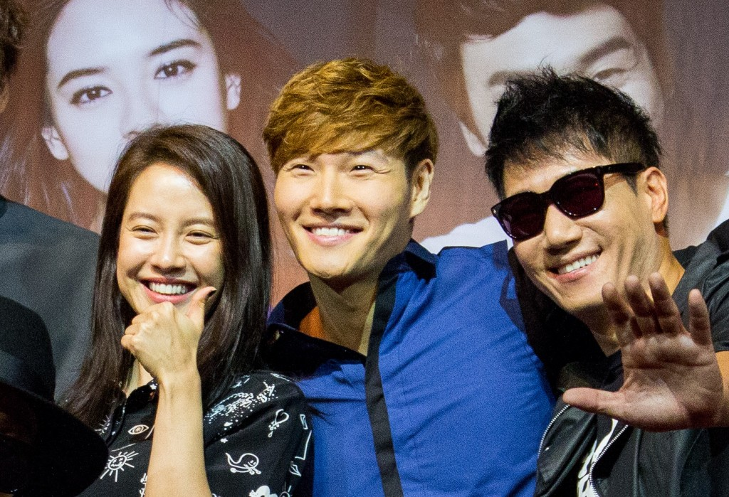 "Kim Jong-kook(center) and his Korea's ""Running Man"" colleagues. (image: Vernon Chan/flickr)"