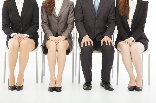 Only half of the companies notified job candidates that they had failed. (image: Kobizmedia/Korea Bizwire)