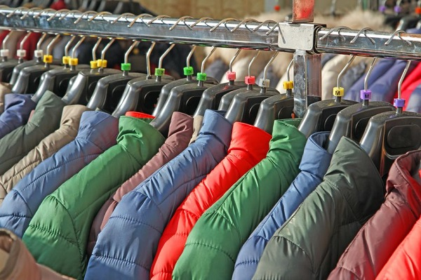 Premium Goose Down Jackets Turn out to Be Duck Down