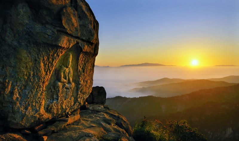 Enjoy New Year's Sunrise at Gyeongju!