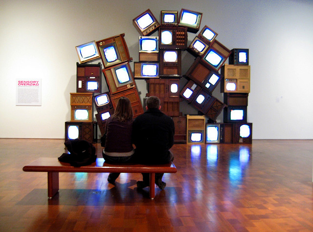 A majority of Koreans are killing their spare time by watching TV. (image: Arti Sandhu/flickr)