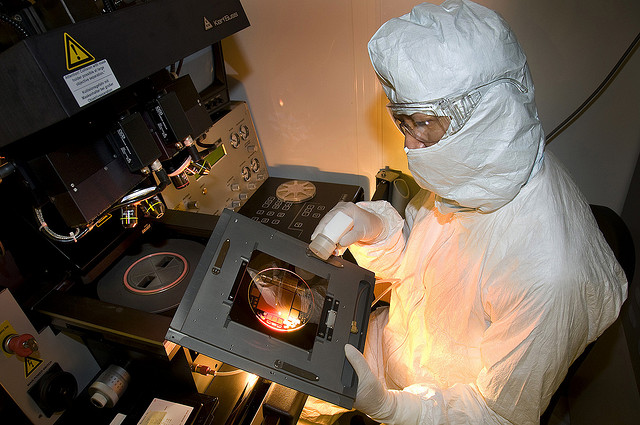 """POSCO ENG to Build """"Clean Room"""" for Seagate's Thai Fab"""