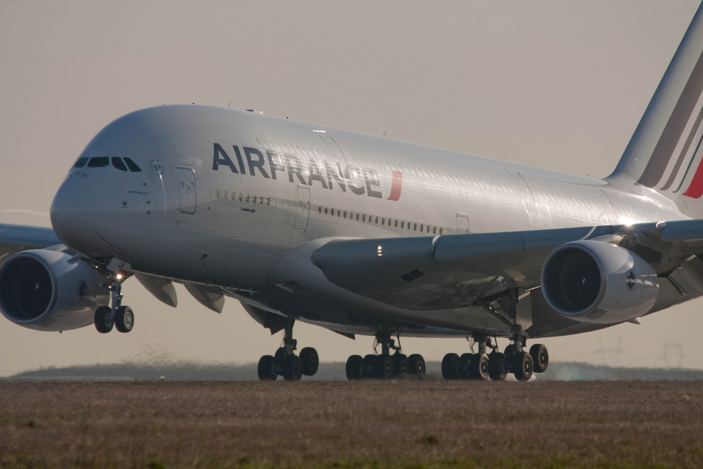 Global Eagle Entertainment announced it will provide an inflight entertainment and connectivity trial on board Air France in partnership with global telecom giant Orange. (image: yakusa77 / flickr)